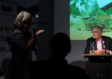 Charles Paterson at a book presentation for Escape Home Literaturhaus Wien. Photo Philipp Heinz.