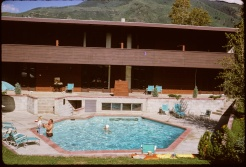 Boomerang 1963 pool area
